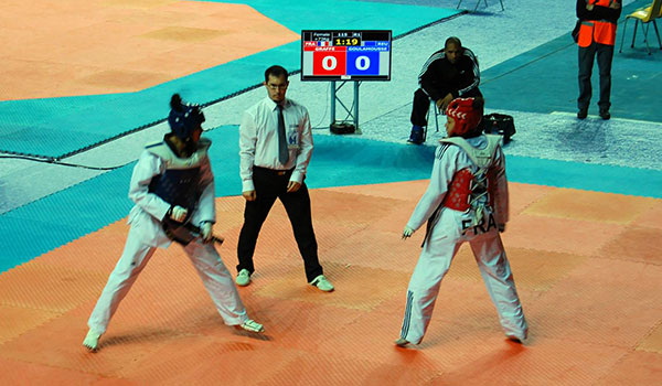 Arbitre du club de taekwondo Gwanyong (86)